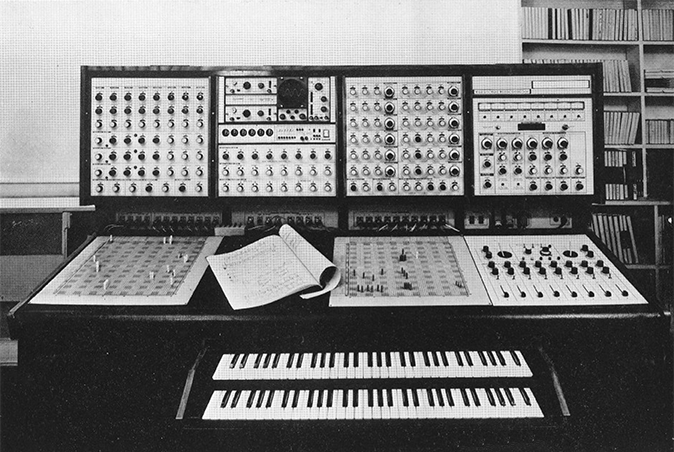 the-synthi-100-synthesizer